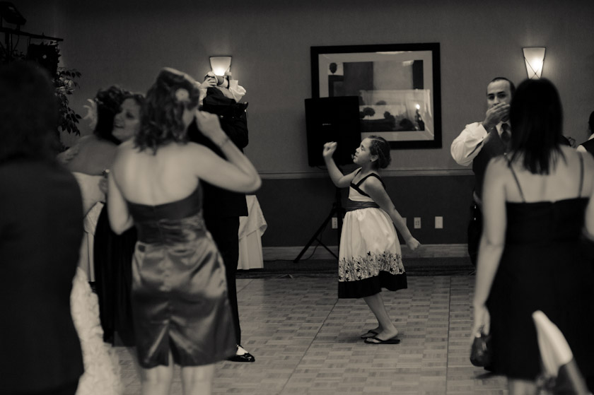 austin wedding photographer doubletree dancing at reception