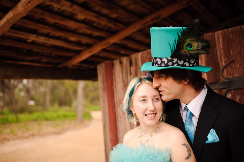 wedding photographer in austin, texas with couple being kissy