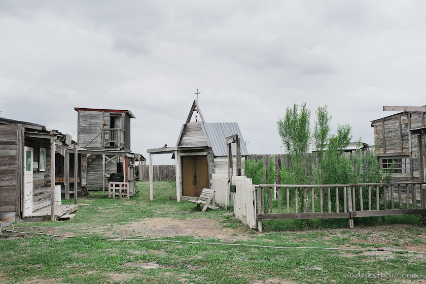 ghost town wedding in texas
