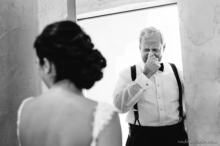 father seeing the bride for the first time and crying