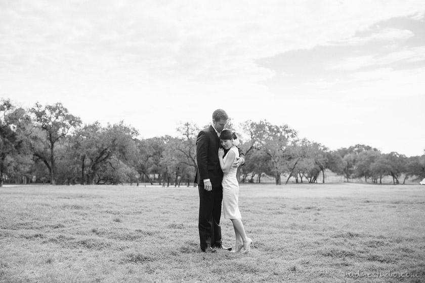 wedding photos in a vineyard