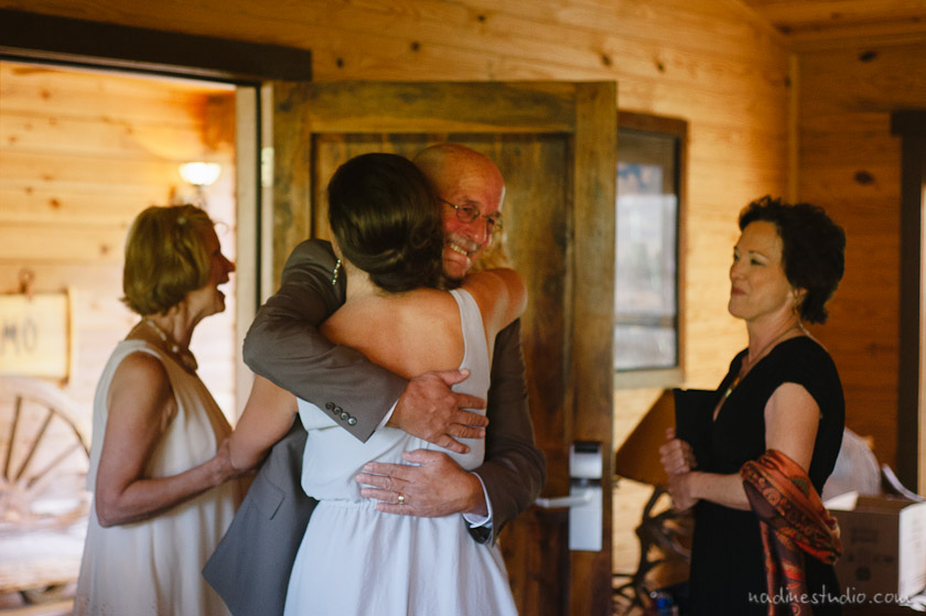 father of the bride crying seeing bride for the first time
