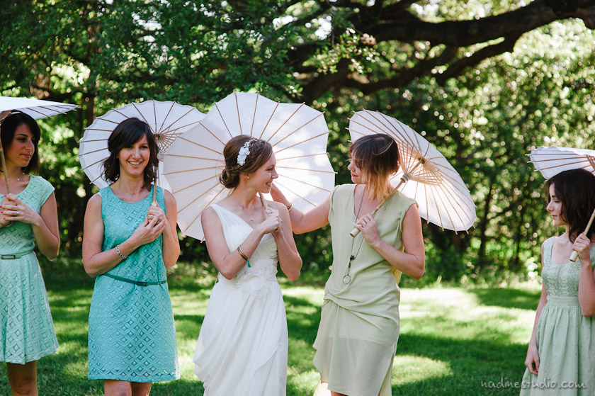 bridesmaids with umbrella