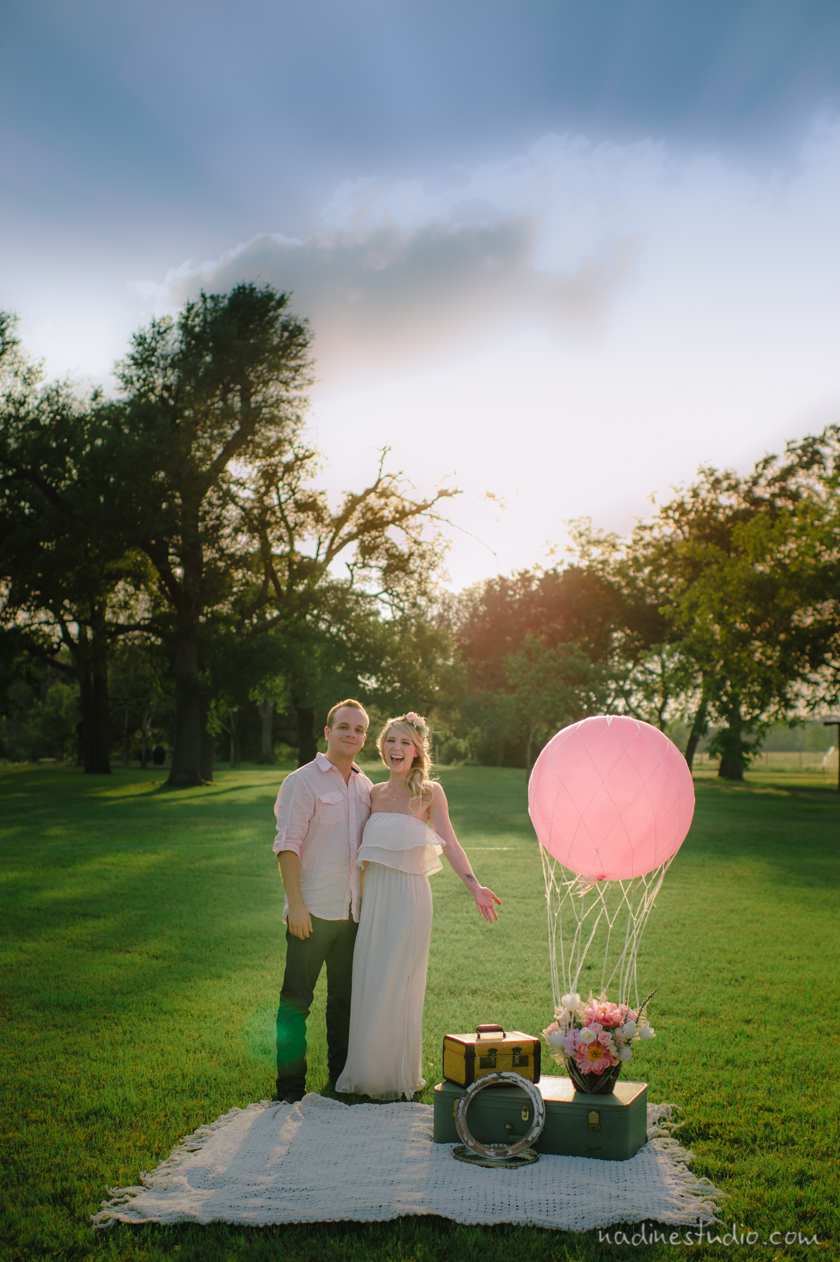 engagement session with balloons