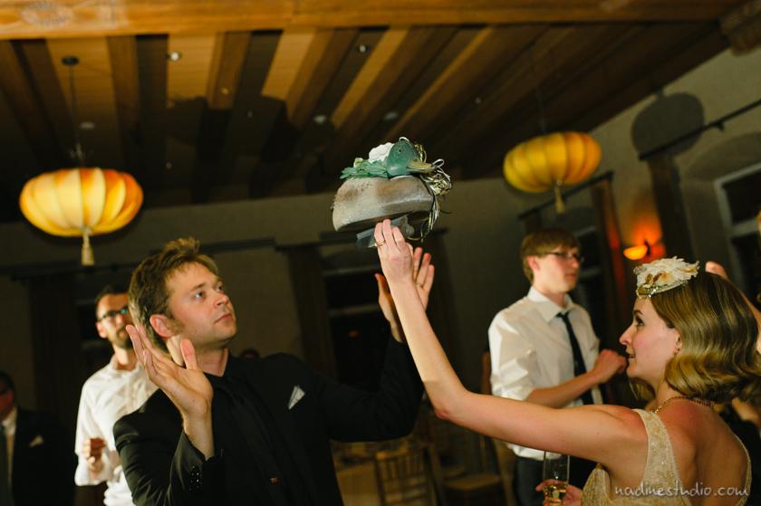 wedding duck dancing