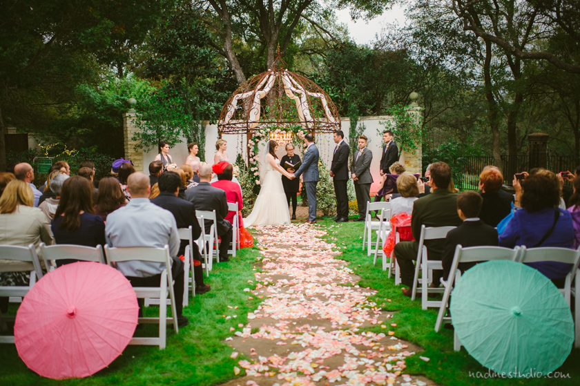 fall garden wedding at hummingbird house