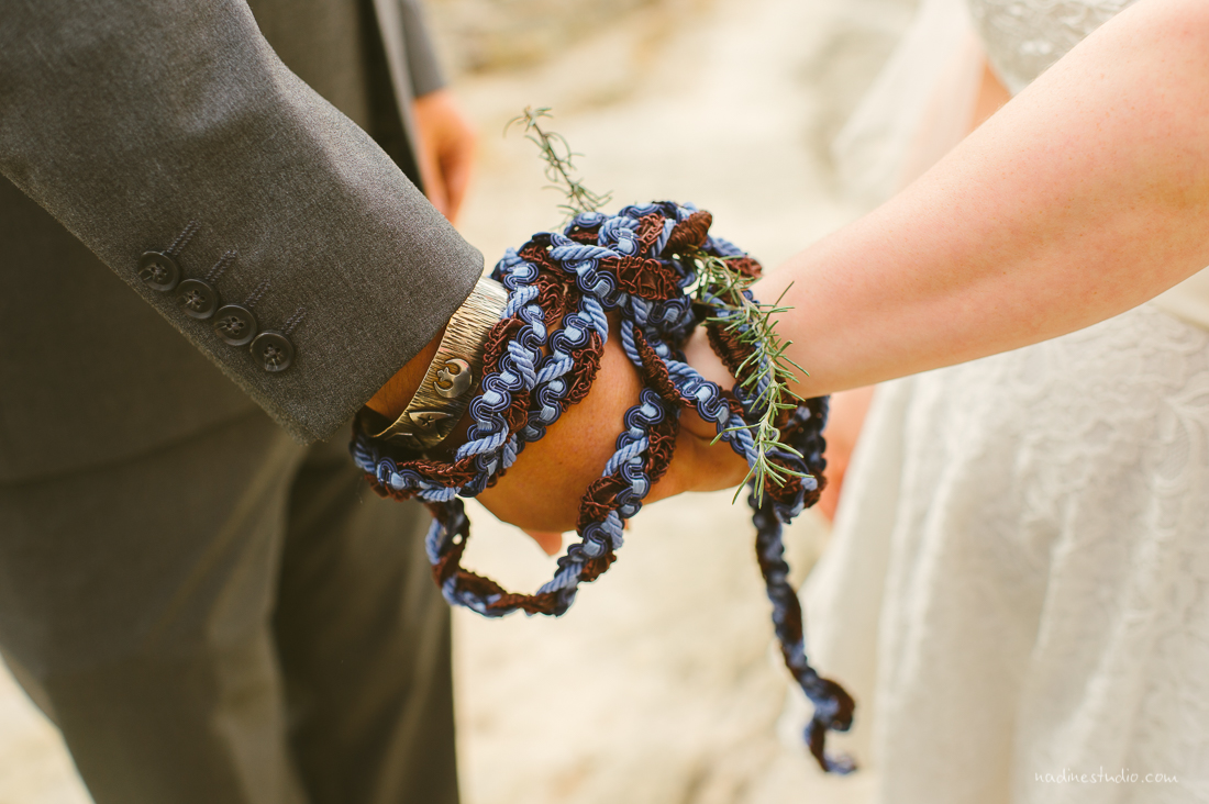 hand fasting with ropes