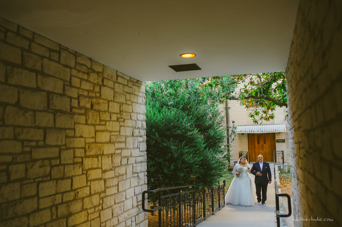 walking down the gardens of central presbyterian church wedding