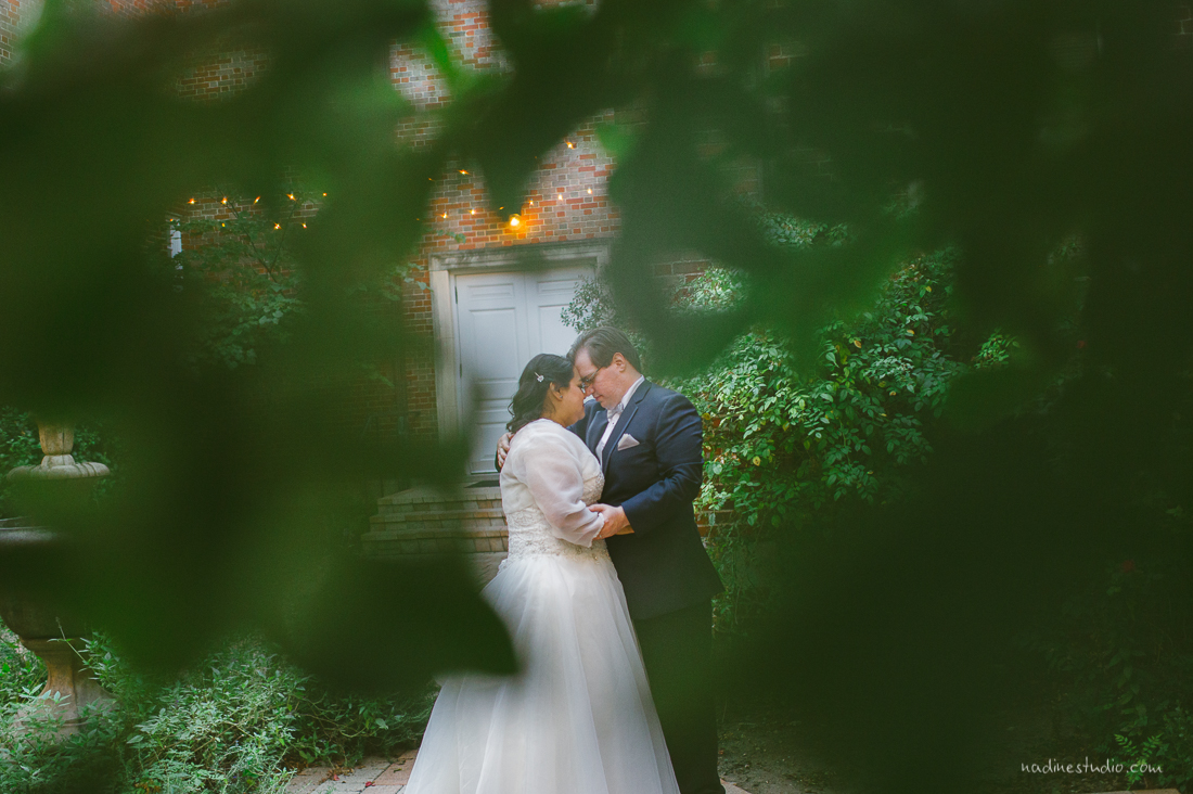 bride and groom portraits at the garden of the texas women federated mansion