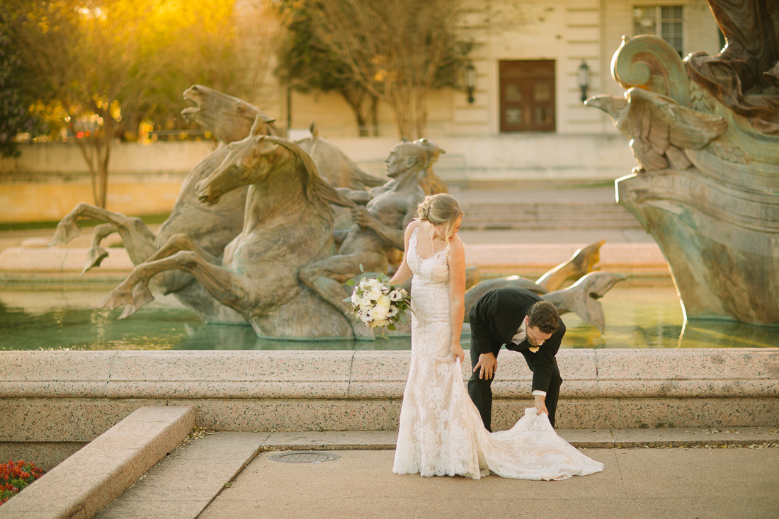 couple wedding portraits and pictures at ut