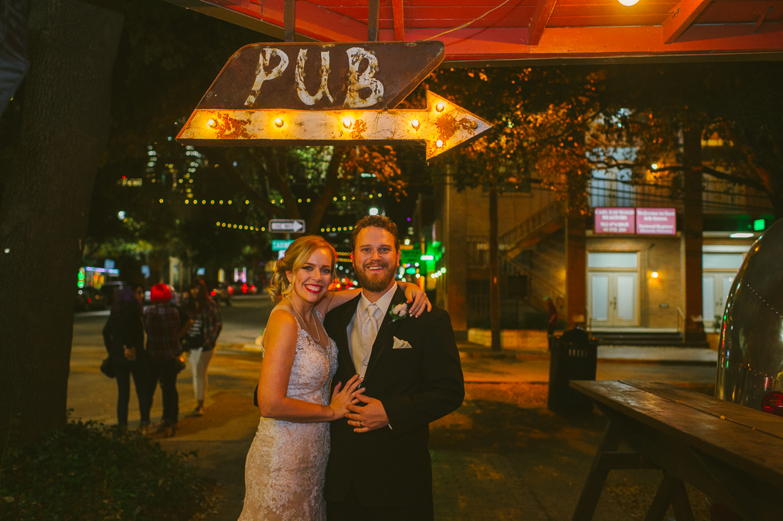 downtown sixth street bride and groom portraits