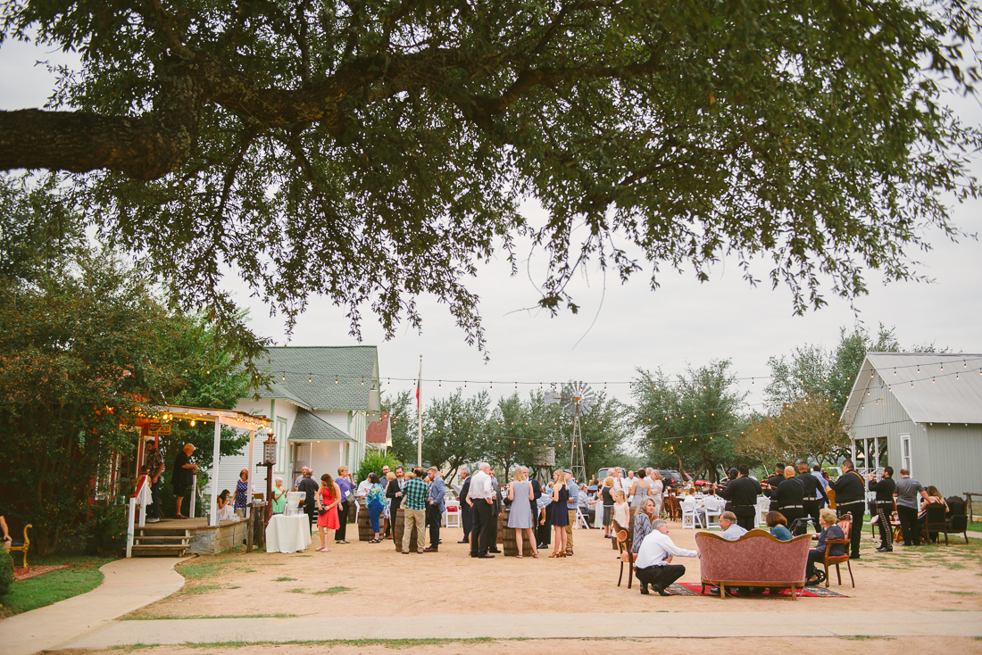 outdoors reception at star hill ranch
