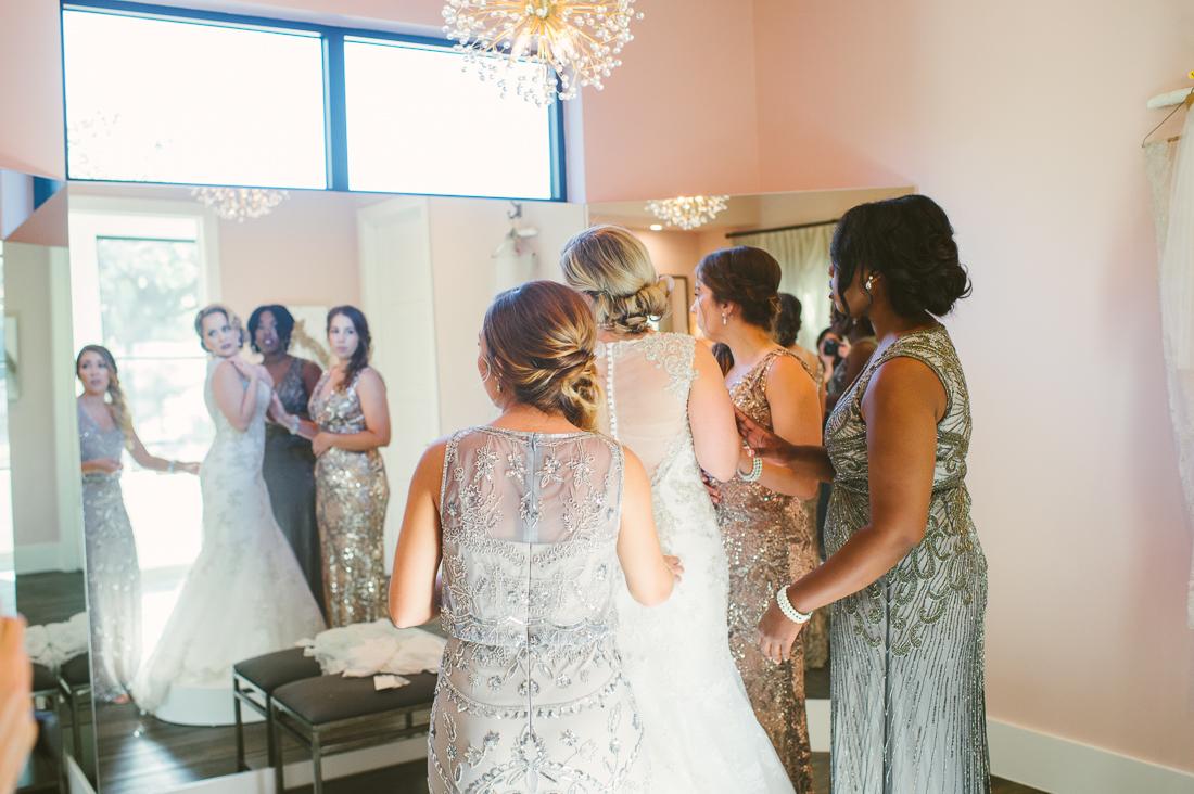 hayes hollow at hidden falls wedding